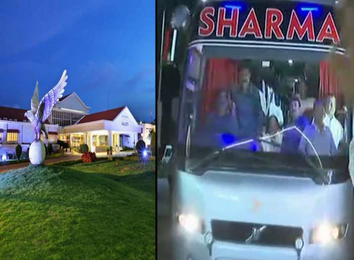 karnataka Congress MLAs arrive at Eagleton Resort near...- India TV Hindi