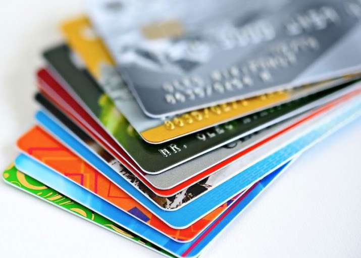 Banks which never issues credit cards - India TV Paisa