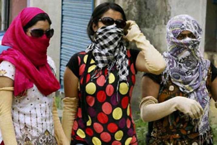 Uttar Pradesh continues to reel under heat wave, temperature rise around 47 degrees Celsius   PTI- India TV Hindi