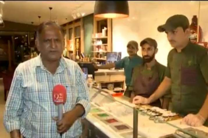 Reporter Chand Nawab from Pakistan is back with another hilarious video | Screengrab- India TV Hindi
