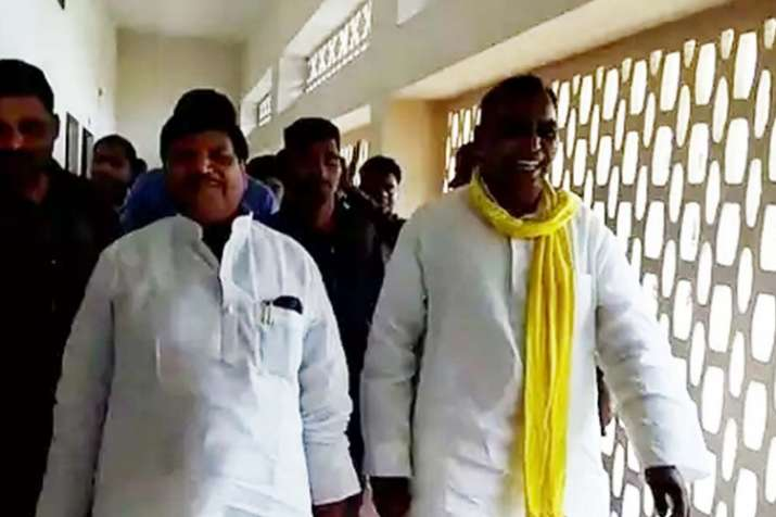 Shivpal Yadav meets BJP ally Om Prakash Rajbhar- India TV Hindi