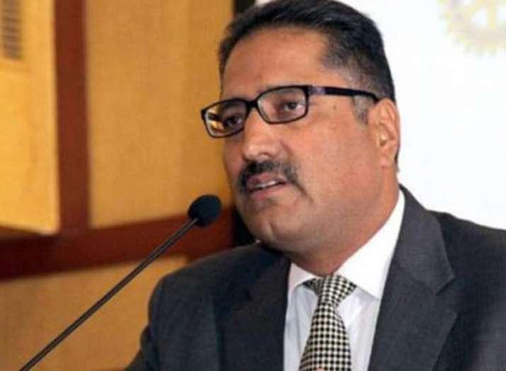 Noted journalist Shujaat Bhukhari was killed outside his...- India TV Hindi