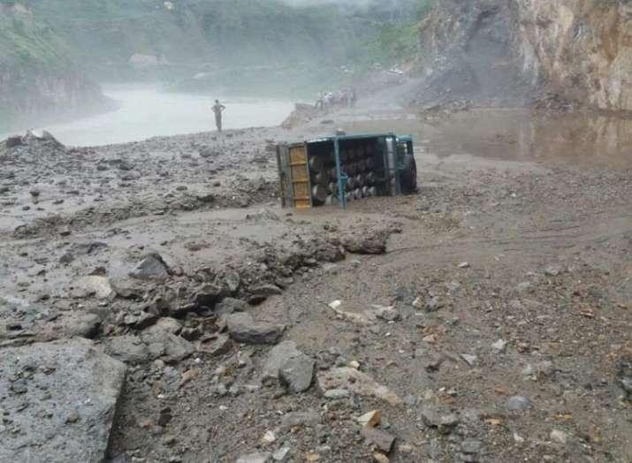 हिमाचल में भारी...- India TV