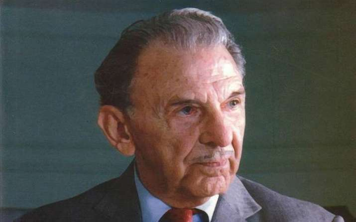 Its 114th birth anniversary of JRD Tata and these are the interesting facts about him and Tata Group- India TV Paisa