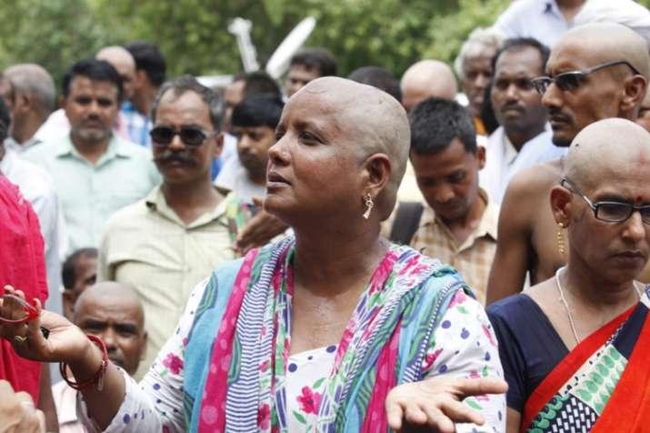 लखनऊ में महिला...- India TV