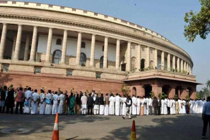 Criminal Law Amendment Bill 2018 passed in Lok Sabha- India TV