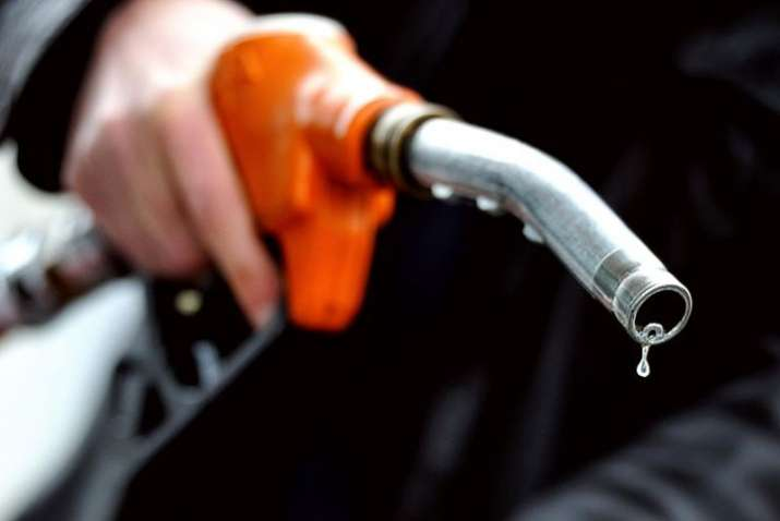 Crude oil price rose to 43 month high on Tuesday- India TV Paisa