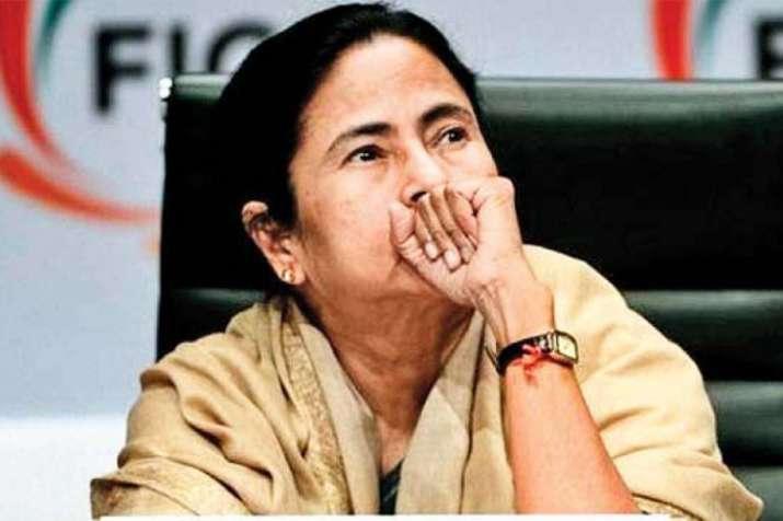 'दुर्व्यवहार और उत्पीड़न' के विरोध में तृणमूल कांग्रेस आज और कल मनाएगी काला दिवस- India TV Hindi