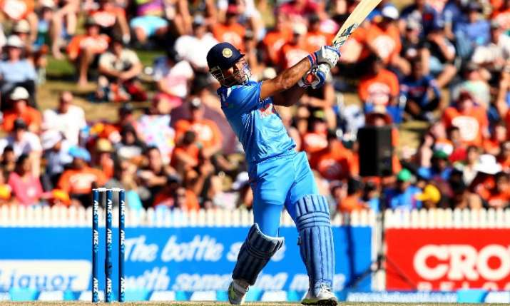 MS Dhoni have chance to enter in 10,000 club for Team India- India TV Hindi