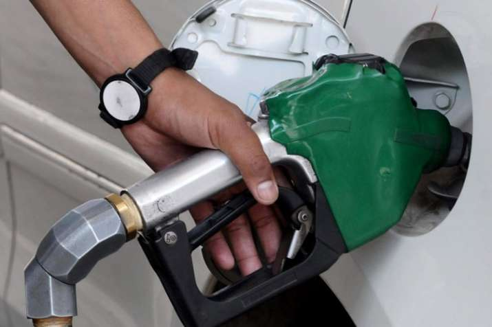 Fuel price drop: Petrol prices hit 2018 lows, diesel rates at lowest since March | PTI File- India TV Paisa