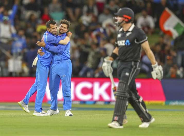 सितारों से सजी भारतीय टीम में इस गेंदबाज ने बनाया सबसे बड़ा स्कोर, इतिहास में दूसरी बार हुआ ऐसा- India TV Hindi