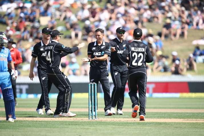 India vs New Zealand 4th ODI: ट्रेंट बोल्ट की घातक गेंदबाजी, न्यूजीलैंड ने भारत को 8 विकेट से हराया- India TV