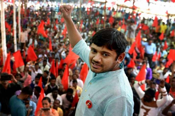 जेएनयू देशद्रोह मामला: मुकदमा चलाने की अनुमति देने के लिए कानूनी सलाह ले रही है दिल्ली सरकार - India TV