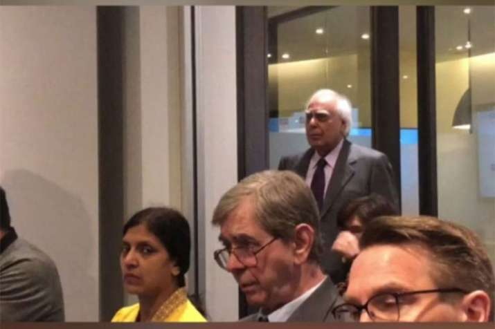 Kapil Sibal's Statement on EVM Hacking issue- India TV