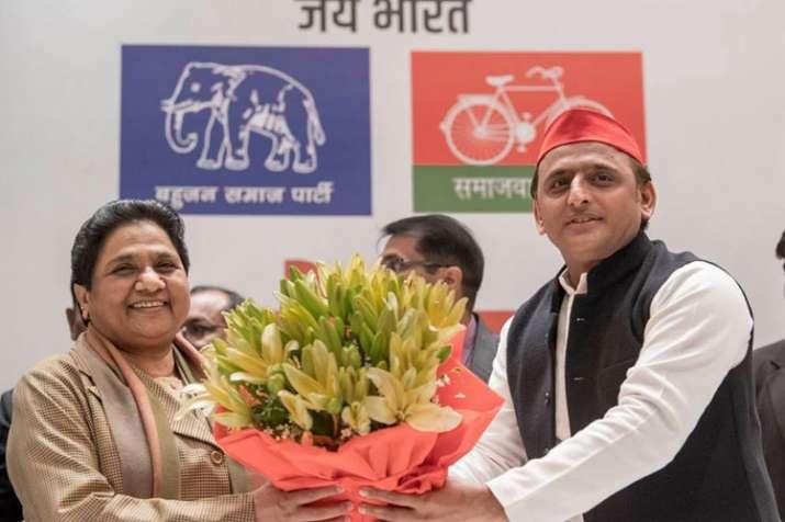 BSP Chief Mayawati and SP Chief Akhilesh Yadav | Facebook- India TV Hindi