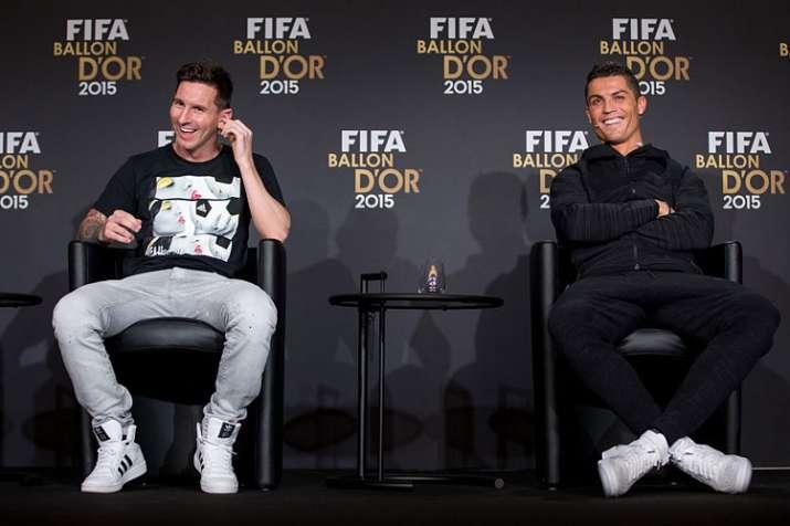 लियोनल मेसी बने दुनिया में सबसे ज्यादा वेतन पाने वाले फुटबॉलर, रोनाल्डो से दोगुना है वेतन- India TV Hindi