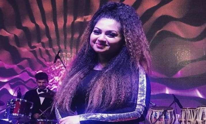 मशहूर गायिका शिवानी भाटिया - India TV Hindi