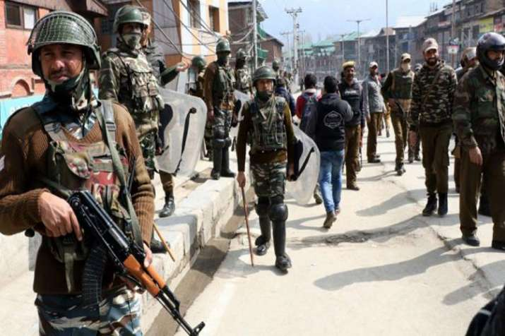 150 people, most from Jamaat-e-Islami, detained in Jammu and Kashmir- India TV Hindi