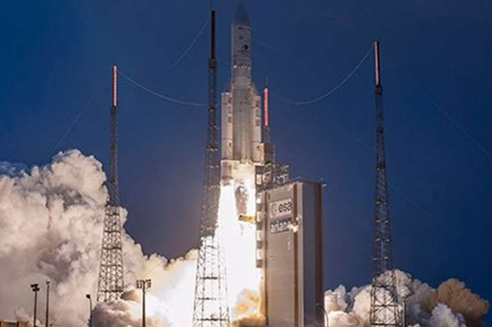GSAT-31 launched from French Guiana to replace dying INSAT-4CR satellite- India TV Hindi