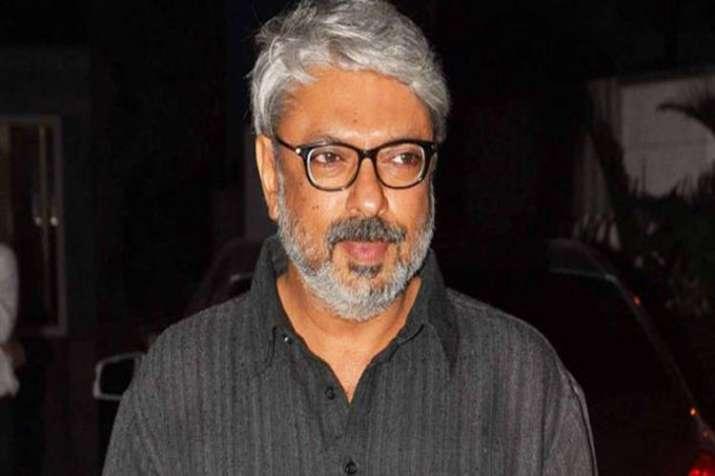 हैप्पी बर्थडे संजय...- India TV Hindi