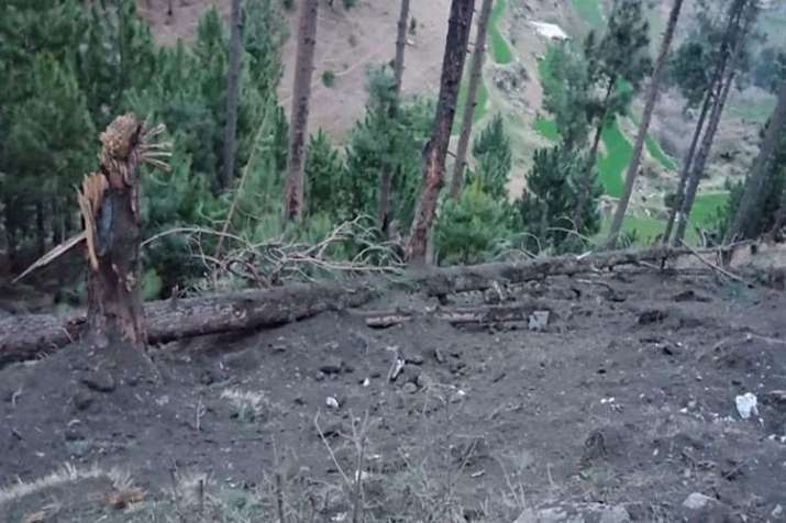 Pakistan Army takes their journalist to Balakot a month after air strike- India TV