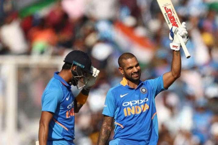 4th ODI: गब्बर-हिटमैन की जोड़ी ने मोहाली में की रिकॉर्ड्स की बारिश, धवन ने बनाया अपना बेस्ट स्कोर- India TV Hindi