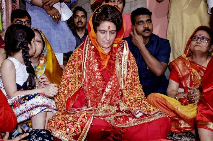 Congress General Secretary UP-East Priyanka Gandhi Vadra...- India TV Hindi