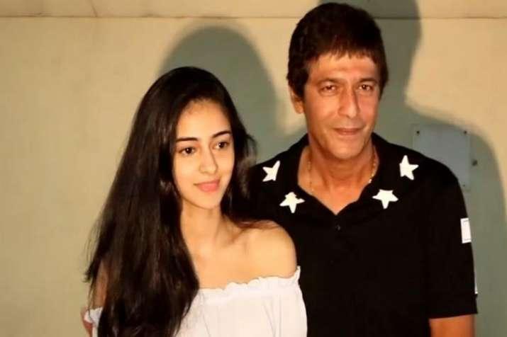 अनन्या पांडे एंड...- India TV