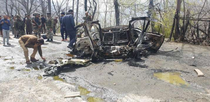 Visuals from the site of the explosion in Jammu and...- India TV Hindi