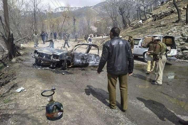 Car exploded near CRPF convoy on the Jammu-Srinagar...- India TV