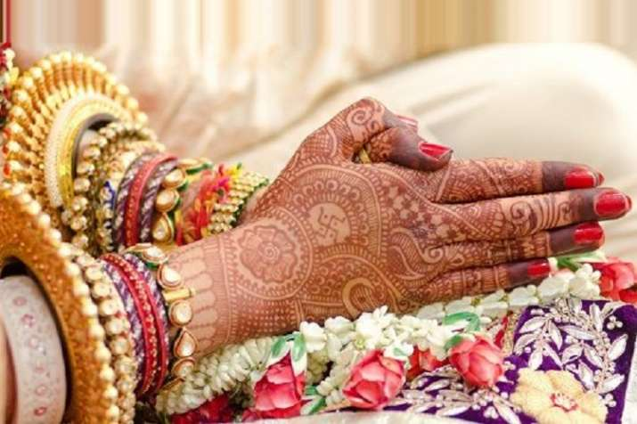 High court says transwoman is also a bride under Hindu...- India TV Hindi