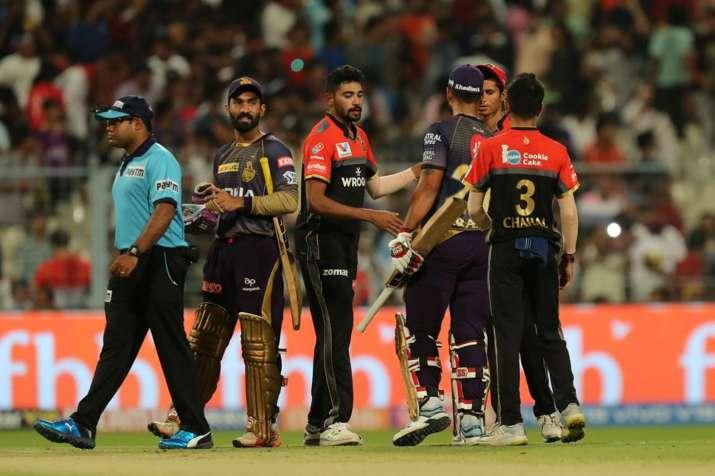 IPL 2019, KKR vs RCB : रसल और राणा की पॉवर हिटिंग बेकार, विराट कोहली के धमाकेदार शतक से जीती आरसीबी - India TV
