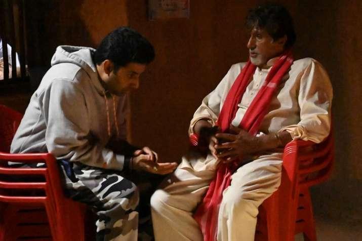 अमिताभ और अभिषेक- India TV