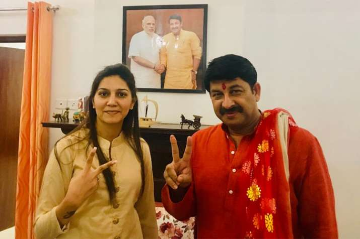 Sapna Choudhary and Manoj Tiwari- India TV Hindi