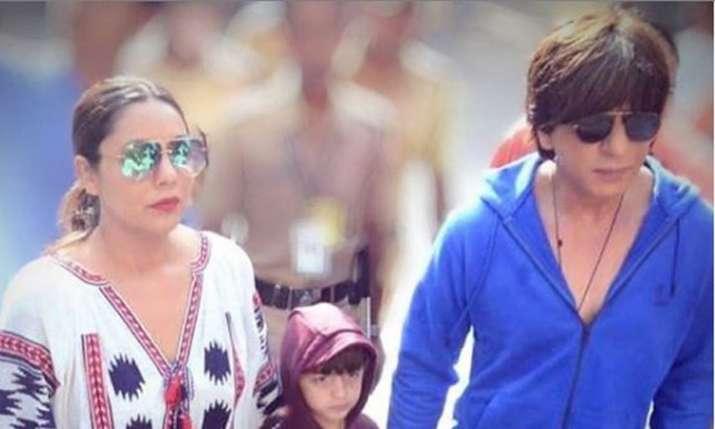 Shah Rukh Khan, Gauri Khan, Abram Khan- India TV