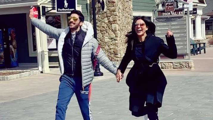 Sushmita Sen tells boyfriend Rohman Shawl- India TV Hindi