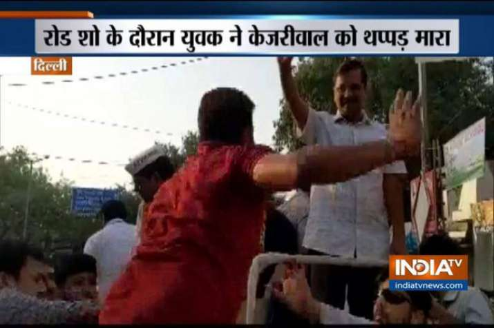 Delhi CM Arvind Kejriwal assaulted by a man during his road show- India TV Hindi