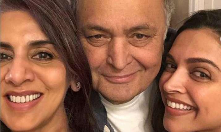 Deepika Padukone met Rishi Kapoor and Neetu Kapoor in New York- India TV
