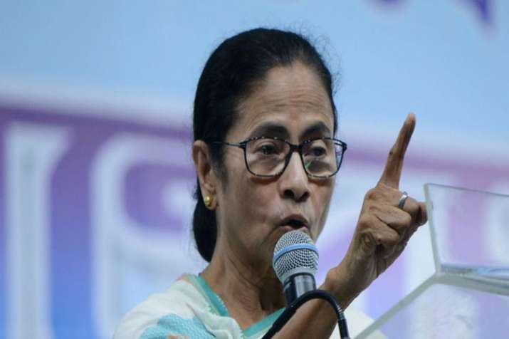 Mamata Banerjee asks voters not to give a single vote for PM Modi- India TV Hindi
