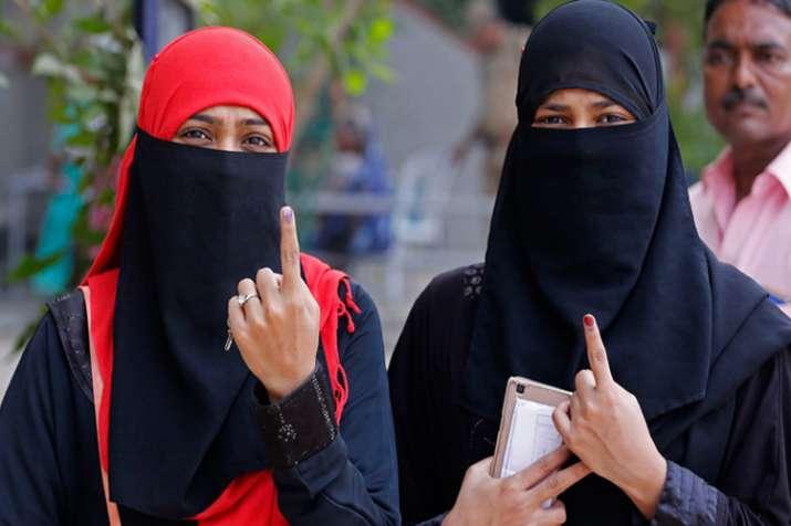 सुप्रीम कोर्ट ने रमज़ान के दौरान मतदान के समय पर चुनाव आयोग से मांगा जवाब- India TV