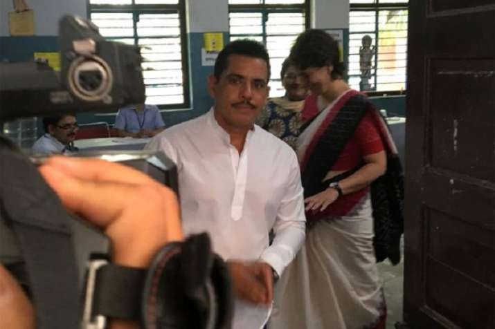 Robert Vadra did not to appear In front of Enforcement Directorate IN overseas assets case- India TV Paisa