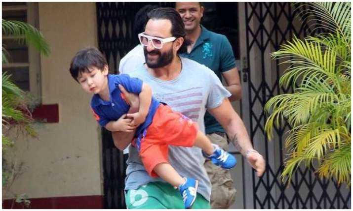 Saif ali khan and Taimur ali khan- India TV Hindi