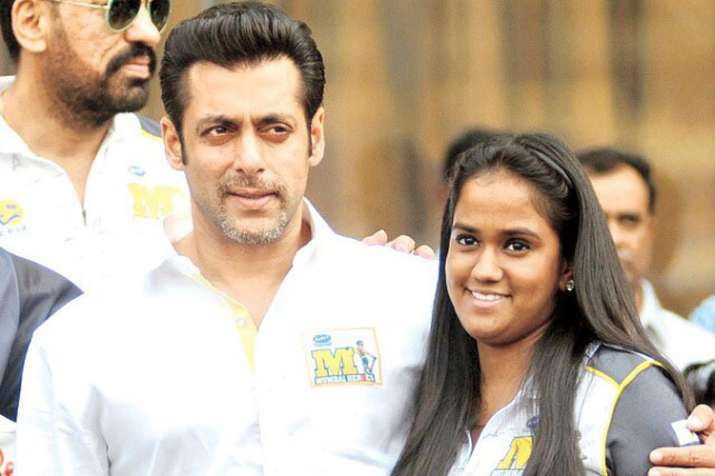 Salman khan and arpita- India TV