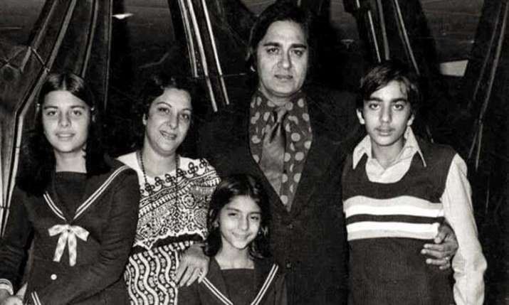 Sanjay Dutt remembers father Sunil Dutt on his death anniversary- India TV