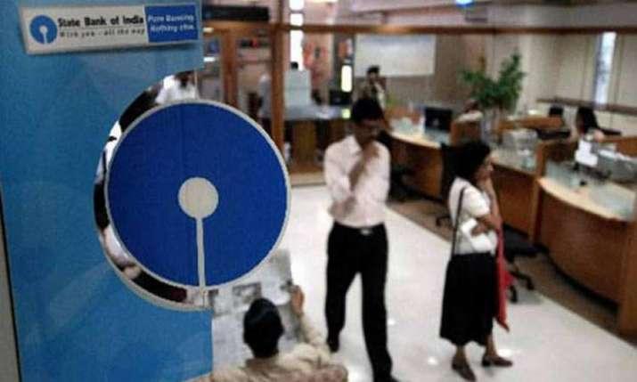 SBI cuts MCLR by 5 bps across tenors- India TV Paisa