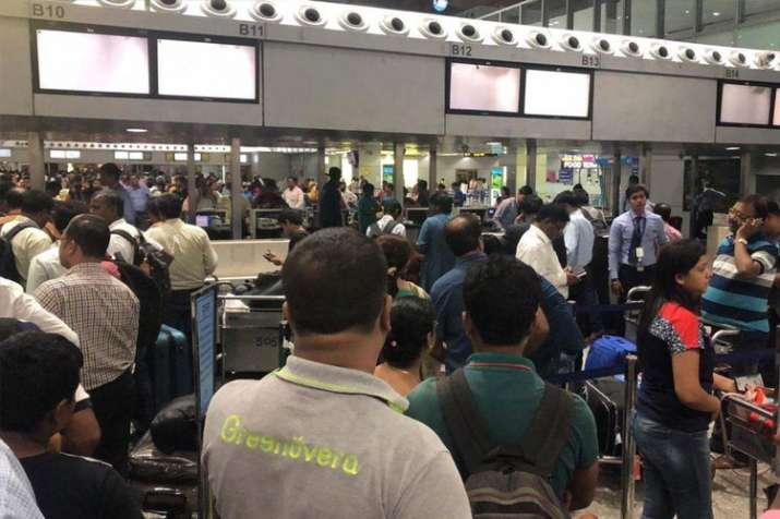 Kolkata Airport- India TV