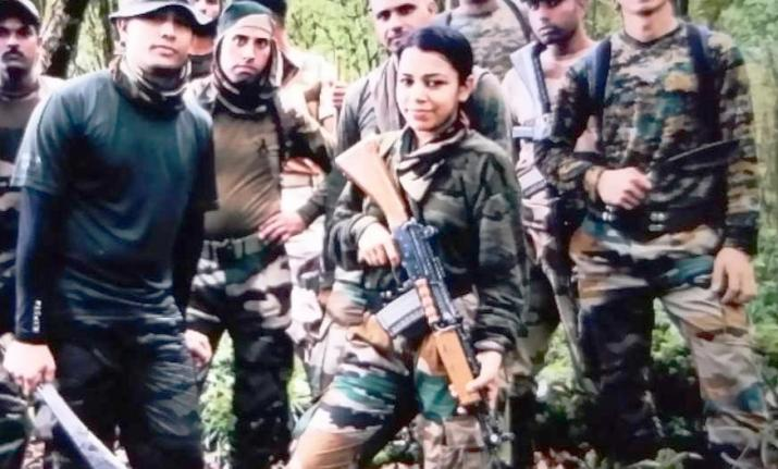 Indian Army lady officer lives upto 'Service Before Self', accompanies troops through inhospitable t- India TV Hindi