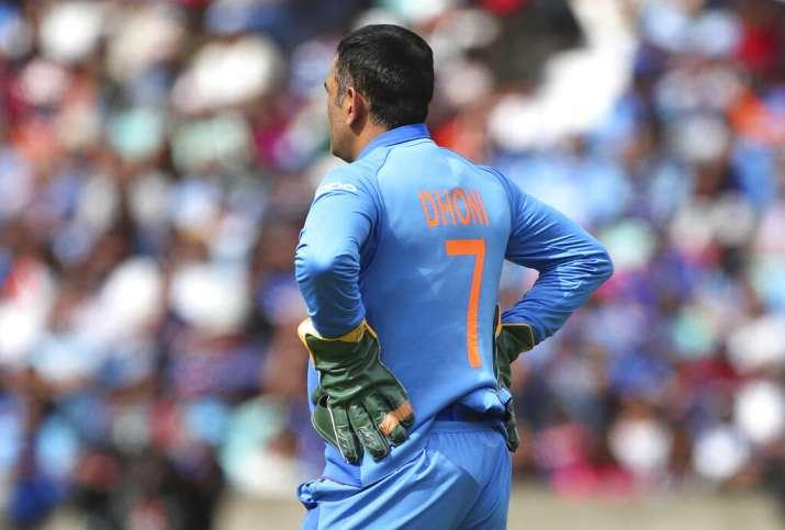 एमएस धोनी के फैंस को मुफ्त में भोजन खिलाते हैं शंभू, स्टेडियम में जाकर मैच देखने के पैसे नहीं- India TV