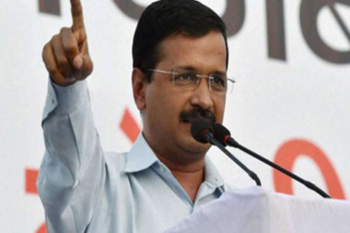 Delhi CM directs officials to complete devp works in 781 unauthorised colonies within 5 months- India TV Hindi