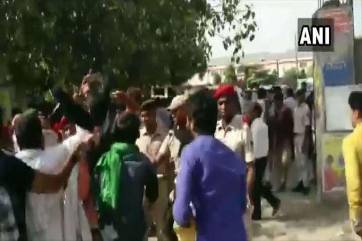 Bihar: Hindustani Awam Morcha & Jan Adhikar Party...- India TV